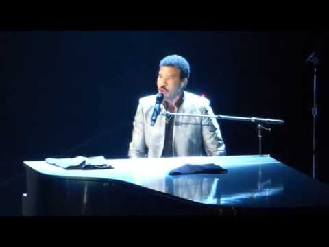Lionel Richie -  Sail On (Commodores song) LIVE Houston [HD] 8/4/17