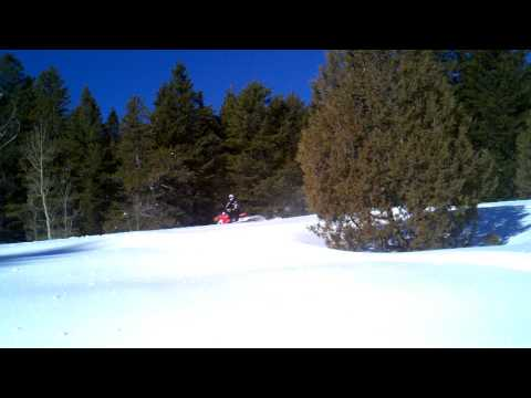 Ty Bauer RMK Pro 800_road jump