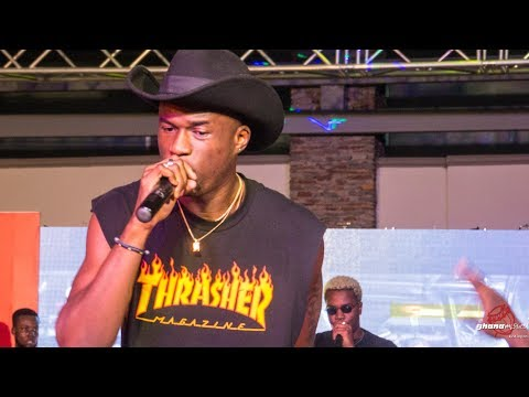Joey B x Darko Vibes performs songs on the 'Darryl' Album for the first time after its release