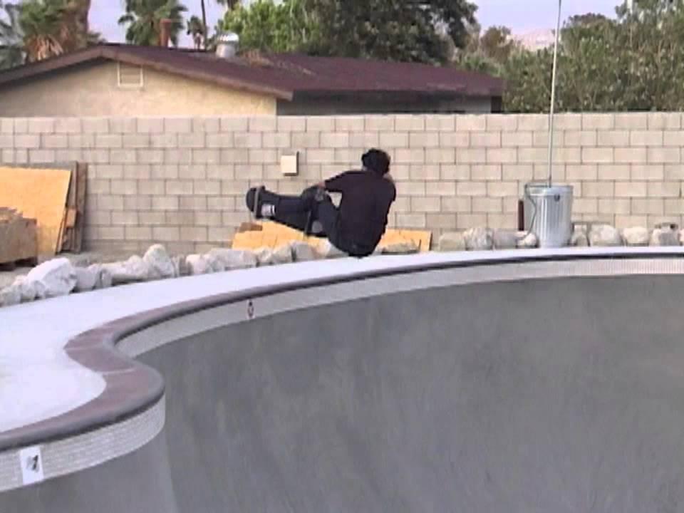 Girls in the backyard - YouTube