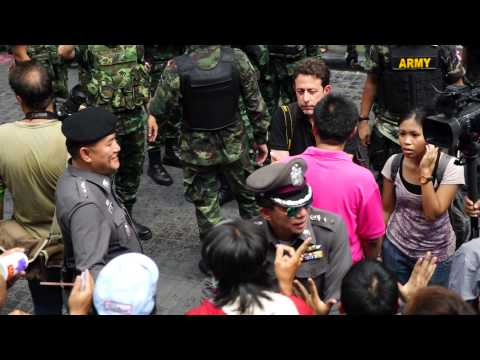Thai Protester calling Thai General to step down!