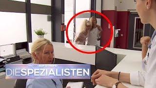 Krasse Atemnot - Frau kippt um und kommt auf die Intensivstation | Die Spezialisten | SAT.1 TV