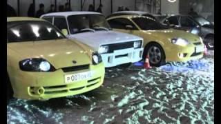 Саратовцам продемонстрировали тюнингованные машины(, 2010-12-27T16:22:11.000Z)