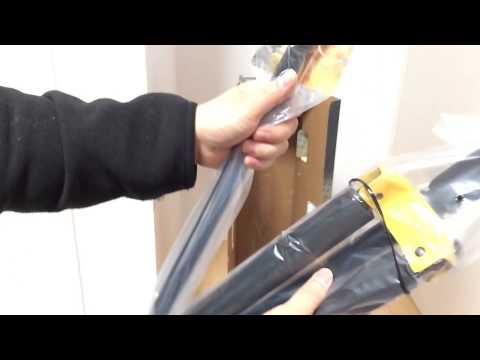 Hercules GS414BN Guitar Stand Unboxing by tkviper.com