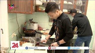 Vào bếp cùng Quang Hải U23 Việt Nam | VTV24