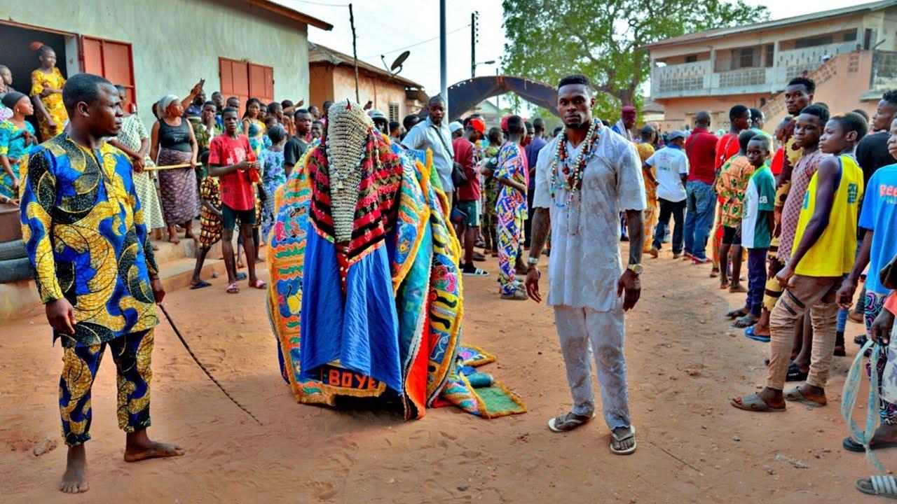 Download Live. Love. Voodoo: Zangbeto, Egungun Masquerades, African Dance and African Magic