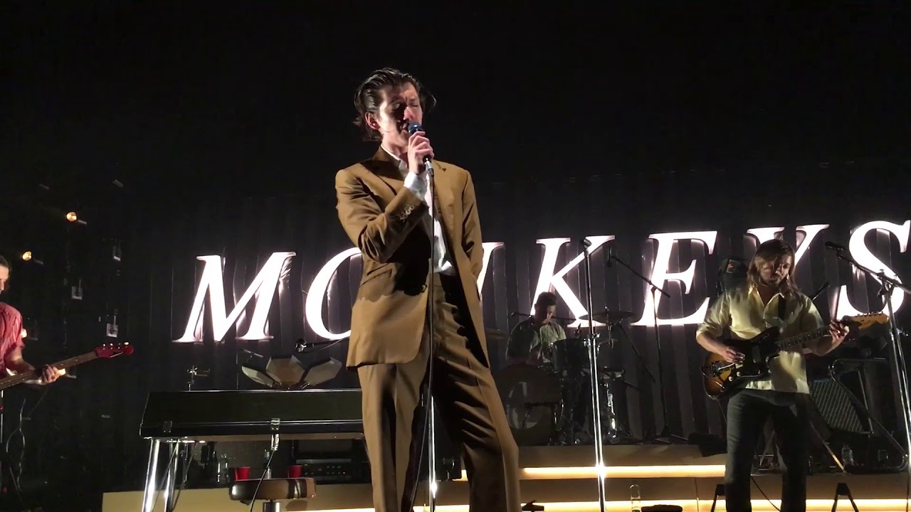 Arctic Monkeys - Ultracheese Live @ Les Nuits De Fourvière (Lyon / France)  - YouTube