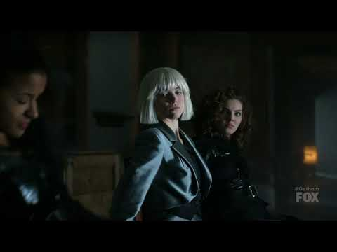 Erin Richards, Camren Bicondova  & Jessica Lucas tied to chairs on Gotham