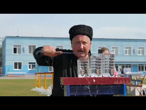 Rusya Kazaklarından kesmeli ve dilimlemeli kılıç yarışması