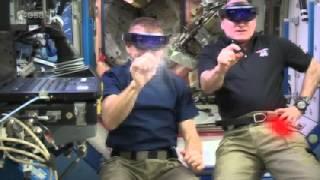 """طاقم المحطة الفضائية الدولية يصد هجوما لـ """"الغزاة"""" (فيديو)"""
