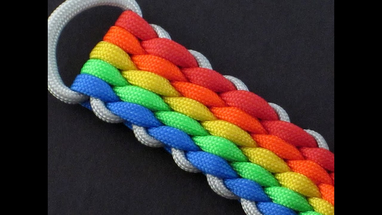 How to make a 12 strand wide round braid paracord key fob by tiat