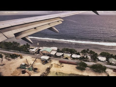 United B737 Landing Majuro Marshall Islands