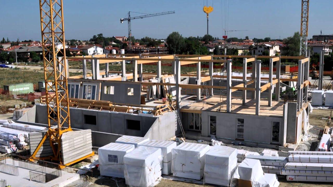 Video costruzione a secco di sei edifici in legno e cemento