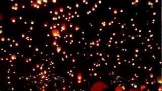 видео Китайские небесные фонарики на свадьбу в Москве