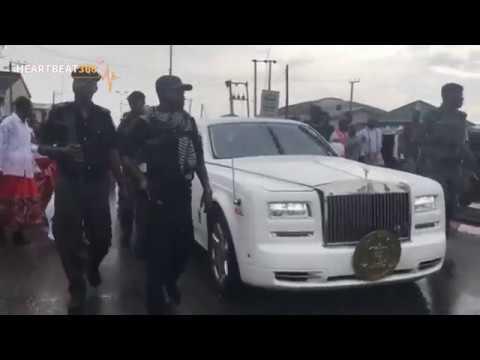 Oba Ewuare II Makes Grand Entry Into Warri As He Visits Olu Of Warri