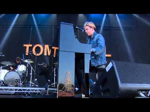 Tom Odell - Another Love - Live at the Isle of Wight Festival 2014