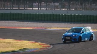 2016 Ford Focus RS first drive on road and track [English subtitles]