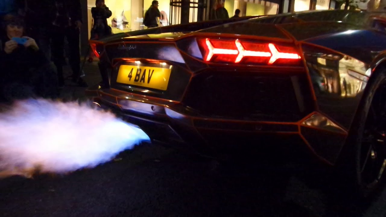 Hd Lamborghini Aventador Catches Fire In London Full Footage 1 11 14 Youtube