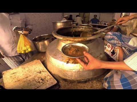 BIG FOODIE RIDERS Episode 1-Breakfast at OLD DELHI|Haji Shabrati Nahariwale|Lotan ke Chole Kulche|