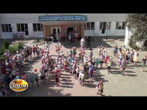 """В Суровикино прошла акция """"Дети и окна"""""""