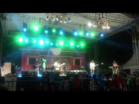 Apel Band Live Perform PRJ 2015 Senayan