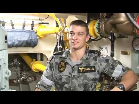 Marine Technician Operations on HMAS Parramatta - YouTube