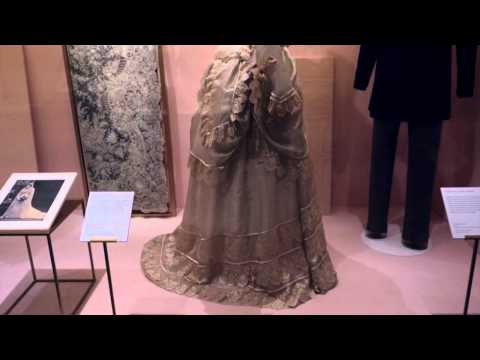 Spotlights of Museum wedding dresses from 1775 - 1899