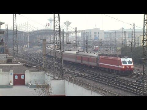 Chinese railway at Zhengzhou station (3)