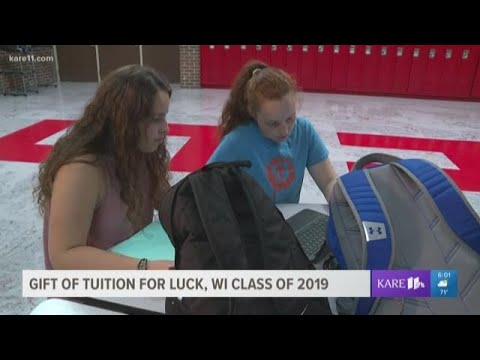 Jesse Lozano - Feel Good Friday: Banker Pays College Tuition For Entire Class