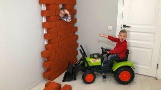 Одни дома ...Шутим и смеемся. The POWER Wheel Ride on Tractor Buldozer!