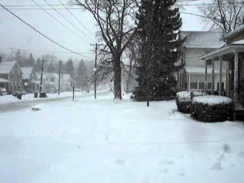 01-17-11 Heavy snow over Sycamore, Illinois