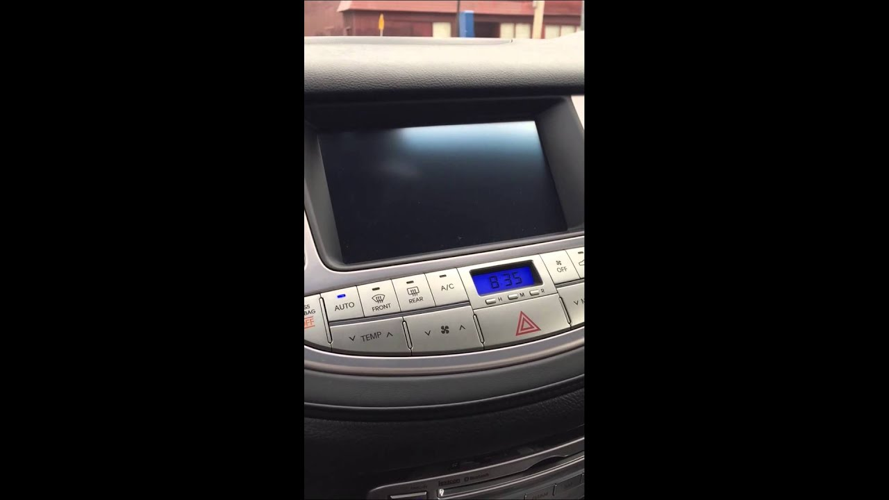 2013 hyundai genesis r spec navigation system issues youtube. Black Bedroom Furniture Sets. Home Design Ideas