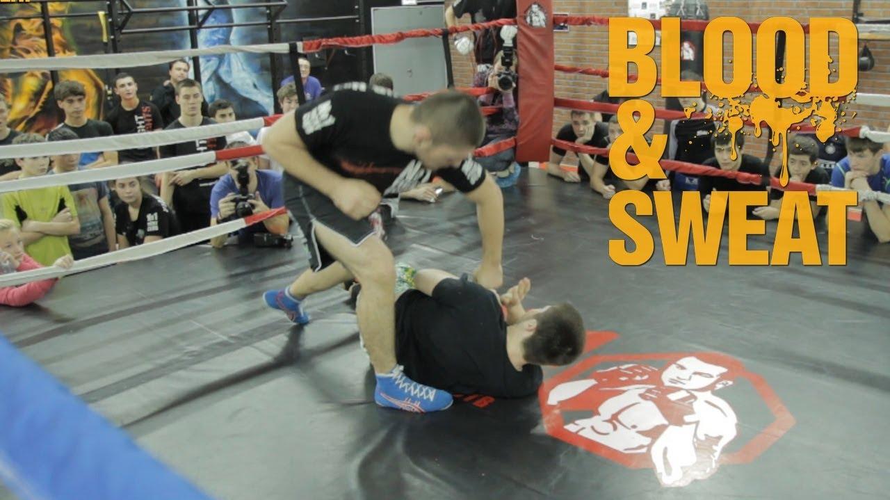 Хабиб Нурмагомедов. Борьба в стойке и в партере. Khabib Nurmagomedov. Wrestling in MMA.