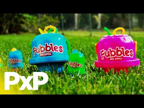 The No-Spill Big Bubble Bucket is bubble fun without the mess! | A Toy Insider Play by Play