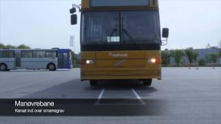 Manøvrebane med bus og lastvogn
