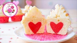 Капкейки со спрятанным сердцем. Рецепт капкейков пошагово. Капкейки на 14 февраля.