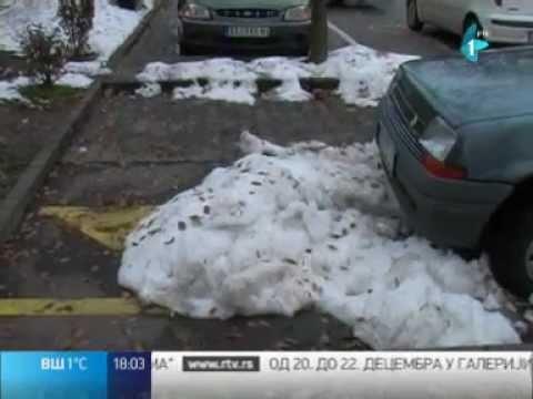 Rezervisana parking mesta nema ko da čisti