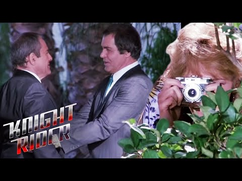 Amateur Investigative Reporter In Deep Trouble With Mob | Knight Rider