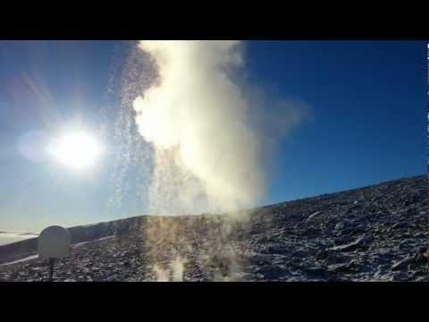 Instant snow from boiling water in Antarctica