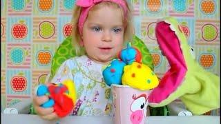 малышка Алиса! Новое СУПЕР-видео про мороженое!