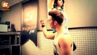 Sinan Akçıl - Kapı Orjinal Klip 2013