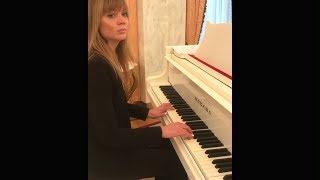 Алла Михеева играет на рояле (28.01.2018)