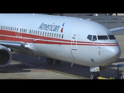 (HD) American Airlines TWA Heritage Boeing 737-800 Pushback Dallas Ft. Worth International Airport