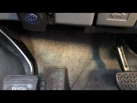 2008 Toyota Prius buzzing sound under dash - YouTube