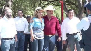 "Recorre Gobernadora el parque recreativo ""Agua Caliente"" en Aconchi"