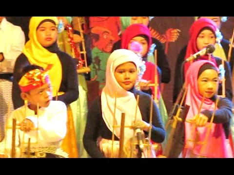 LASKAR PELANGI (Nidji) - Bamboo Musical Instrument - ANGKLUNG Al Qona'ah [HD]