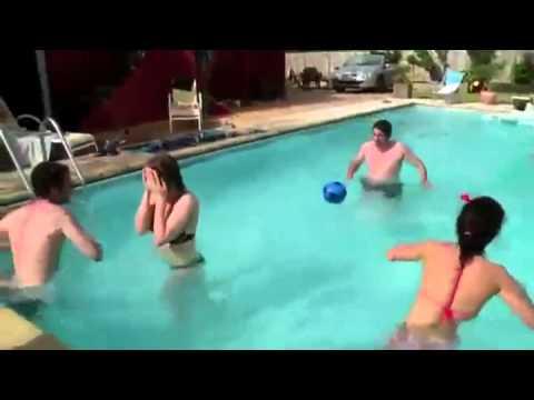 Kupa w basenie