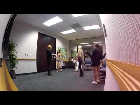 Justin bieber surprises his lucky fans
