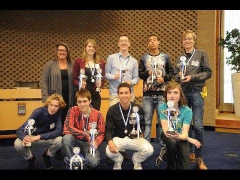 Prijsuitreiking achtste Haarlemmermeers Scholieren Debat Toernooi 2015