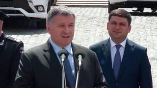 Національна поліція України отримала нові екологічні автомобілі Mitsubishi